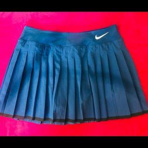 Nike Victory Pleat dri-fit Skirt